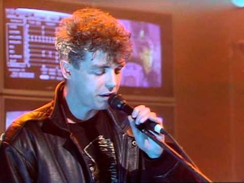 Pet Shop Boys Opportunities (Let's make lots of money) (BBC 2's Whistle Test 29.04.86)