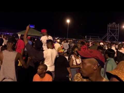 Tuks Senganga Live - Bona Fela & 525 600 minutes