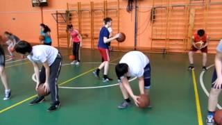 Фрагмент открытого урока по баскетболу (часть 1).