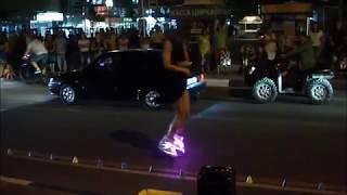 Девушка на роликах  Анапа 2016