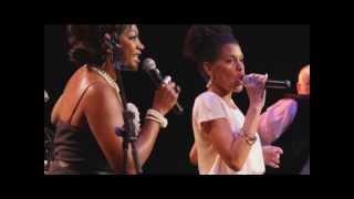 Denise Gordon, Caroline Mhlanga et Moulin a Cafe Jazz Hot Orchestra