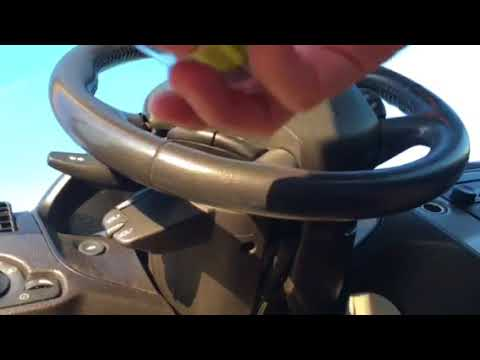 How to change fuse for cigarette lighter in 2006 Ford Focus - YouTube