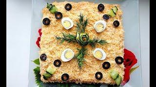 Закусочный торт салат из крекеров и рыбной консервы  / Праздничное меню