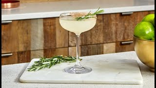 How to Make The Holiday Margarita Cocktail with Cointreau