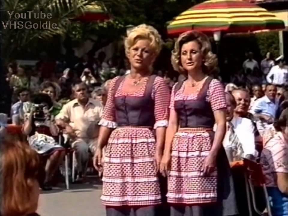 foto de Maria & Margot Hellwig Medley 1976 YouTube