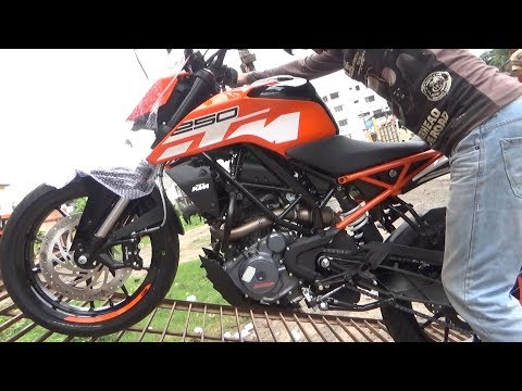 ALL NEW KTM RC & DUKE BIKES  UNLOADING VIDEO BSIV AHO AFTER GST PRICE.