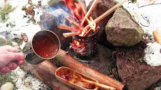 Winter Bushcraft with vintage Gear and a hot Potato Soup