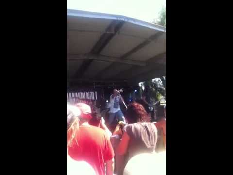 Shannon Noll - Shine (Live at Harry Sawkins Park, Nowra)