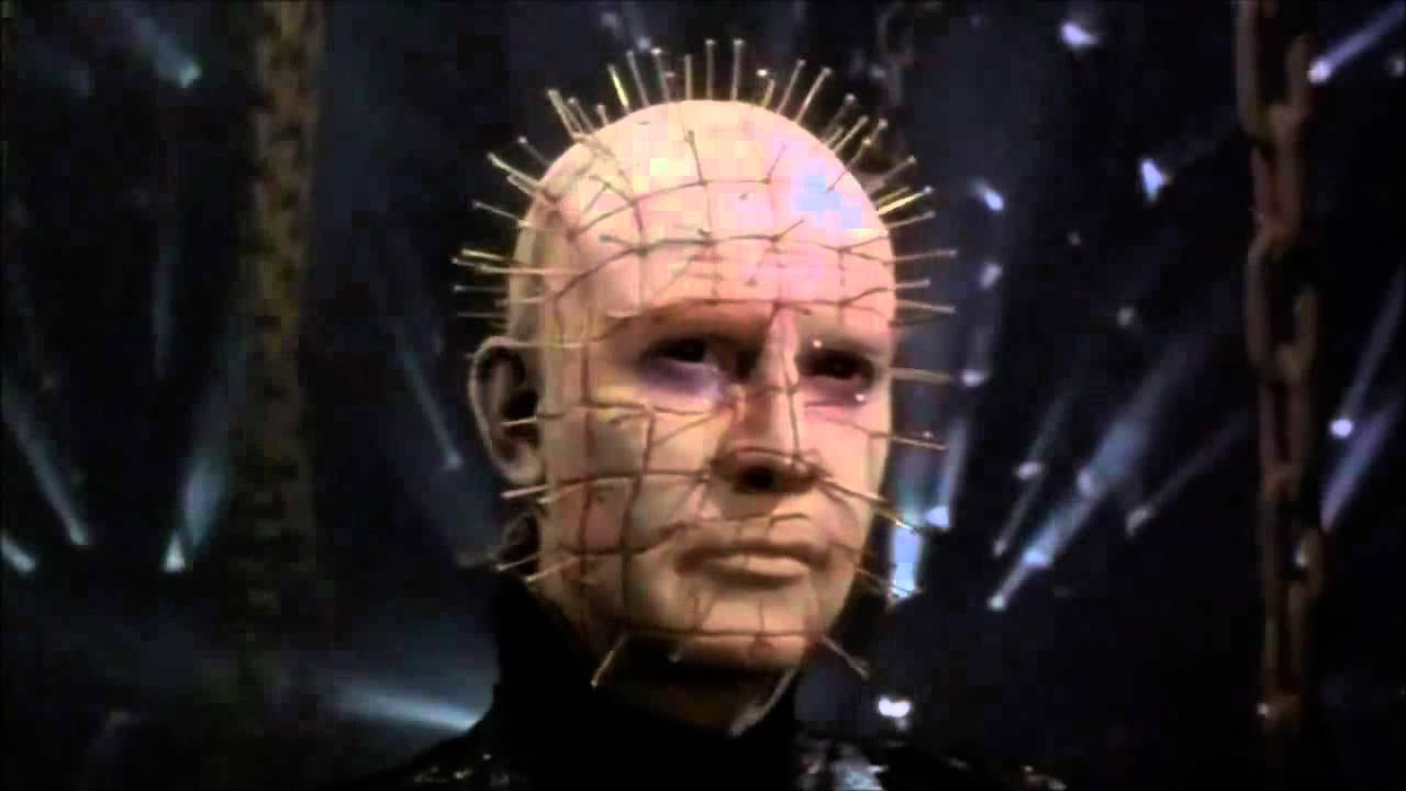HELLOWEEN Michael Myers vs Pinhead - YouTube