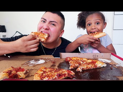 CHEESY BACON PIZZA MUKBANG