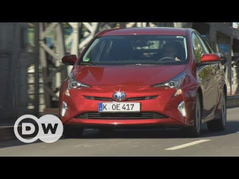 Full-hybrid: The Toyota Prius | DW English
