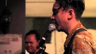 Barasuara - Api dan Lentera (Live Performance at TokoVe)