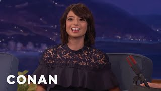 Kate Micucci Has A 24-Year-Old Frog  - CONAN on TBS