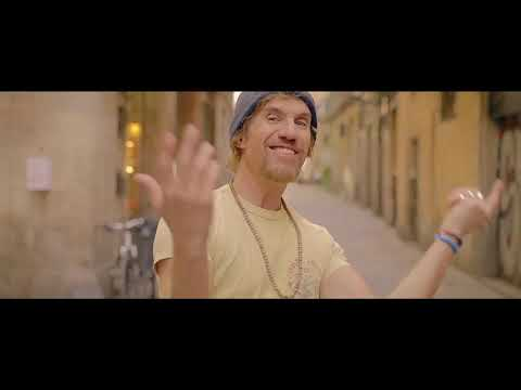 KOERS - Vuela ft. Macaco (Videoclip Oficial)