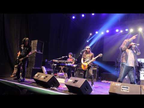 POWERSLAVES - SISA Live Concert in Semarang 2015