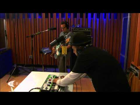"Mexican Institute of Sound performing ""Es-Toy"" Live on KCRW"