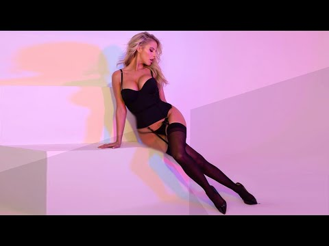 Otilia presents: PARA DEEP - Broke my heart (new song) from YouTube · Duration:  3 minutes 34 seconds