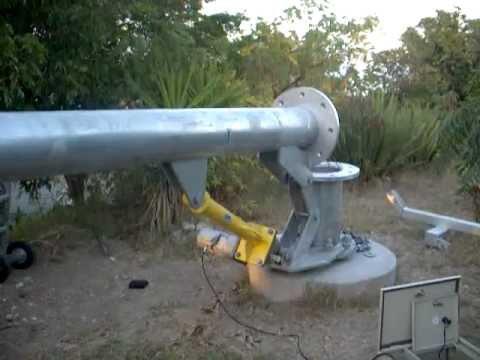 Tilt Up Wind Tower- Motorized Screw Jack Non-hydraulic Raising System