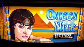 DELUXE Queen of the Nile 2 Slot Machine - Aristocrat Bonus Game Win w/ Minor & Major Jackpots