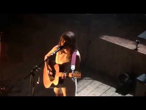Gabrielle Aplin - Don't Break Your Heart On Me (Live At Wilton's Music Hall, London 9/7/15)