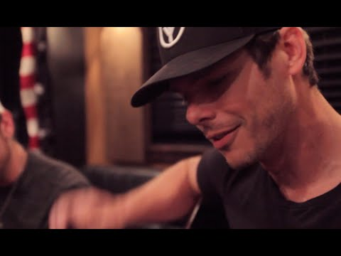 Granger Smith - Here in the Real World (Alan Jackson)