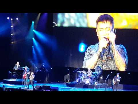 """Journey Live at the Nutter Center in Dayton, Ohio performing """"Open Arms"""" with piano intro"""