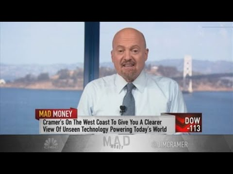 Digital was key difference in rivals Home Depot, Lowe's quarterly reports, Jim Cramer says