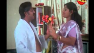 Poochakkoru Mookkuthi Malayalam Movie Comedy Scene Sukumari  AND Nedumudi Venu