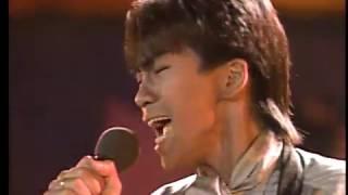 1985年 横浜スタジアムでのライブを収録したレーザーディスクからキャプ...