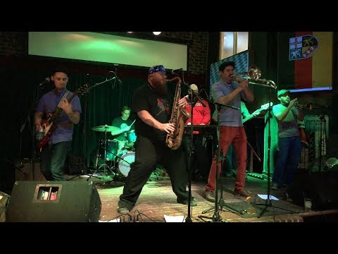 The Makeways, the Gringos, and the Anchorage at the Ice Haus, February 15, 2019 Mp3