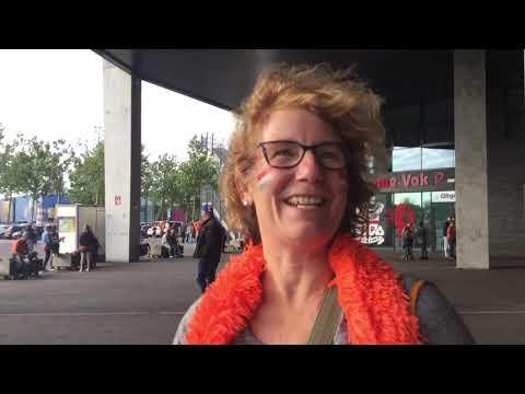 Netherlands Fans on LadiesMarch TV