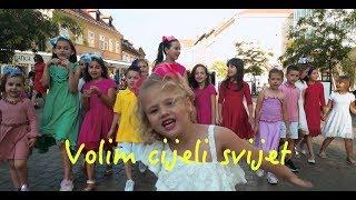 VOLIM CIJELI SVIJET - Zagrepčanke i dečki & Anja Jaram (Official video)