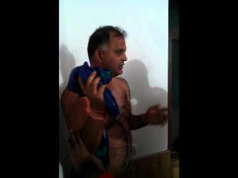 Shamsher Singh ASP of Hamirpur getting beaten up