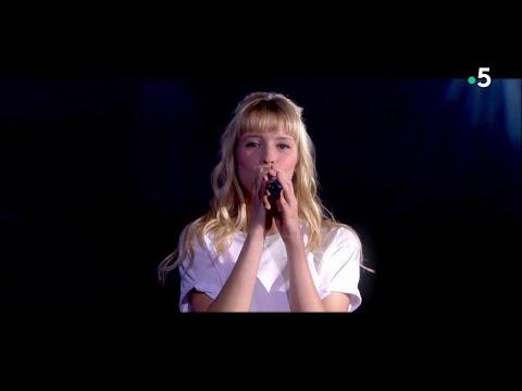 """Angèle - """"La Loi de Murphy"""" (live) - C à Vous - 30/05/2018"""