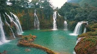 Video Ban Gioc waterfall Vietnamn - Geflesdrone perspectives. download MP3, 3GP, MP4, WEBM, AVI, FLV Juli 2018