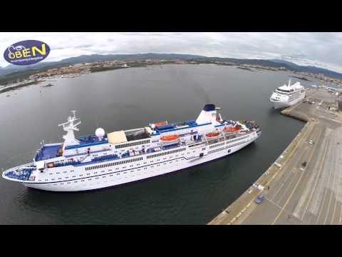 Porto Olbia attracco Cruise Ship  MS Berlin