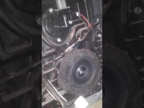 Mazda 6 Замена заднего динамика в двери.