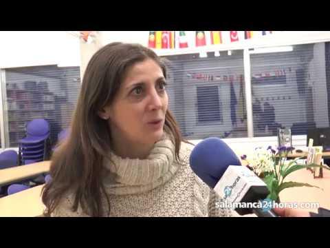 Espido Freire visita el IES García Bernalt de Salamanca