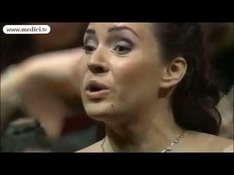 "Sonya Yoncheva Sings Manon: ""Obéissons Quand Leur Voix Appelle..."" - Operalia Competition 2010"