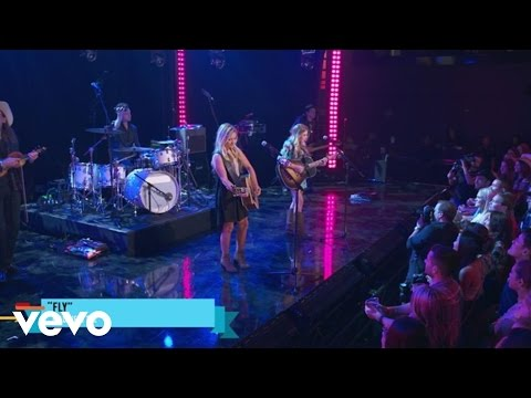 Maddie & Tae - Fly (Outnumber Hunger Concert)