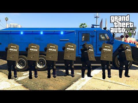 GTA 5 - LSPD JUGGERNAUT RIOT SHIELD SWAT TEAM! LSPDFR Cops Episode #145