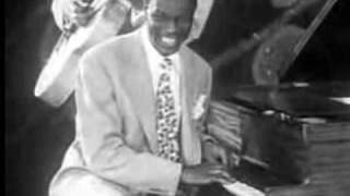 WHEN I TAKE MY SUGAR TO TEA (1947) by the Nat King Cole Trio