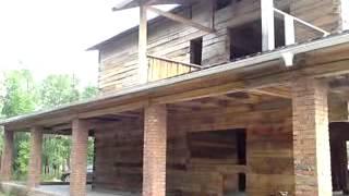 V170613 08 35(Продам недостроенный двухэтажный с цоколем и гаражом коттедж с земельным участком 15 соток в живописном..., 2013-06-18T11:51:33.000Z)