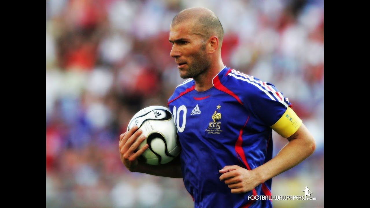 Zinedine Zidane Free Kicks - YouTube