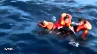 Milagro en alta mar!!! emotivo Rescate de un bebé sirio y su familia