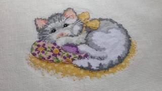 """Готовый котёнок от Lesley Teare - СП """"Мои любимые коты"""". Вышивка крестом"""
