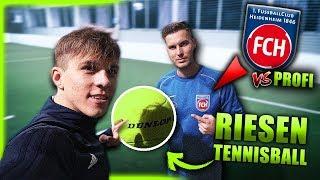 RIESEN-TENNISBALL CHALLENGE (ft. Jugendprofi)