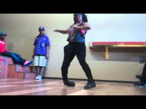 Ladia Yates vs Turfer Girl Dance Battle 2011