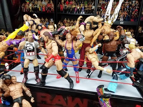 WWE 50 MAN ROYAL RUMBLE ACTION FIGURE MATCH