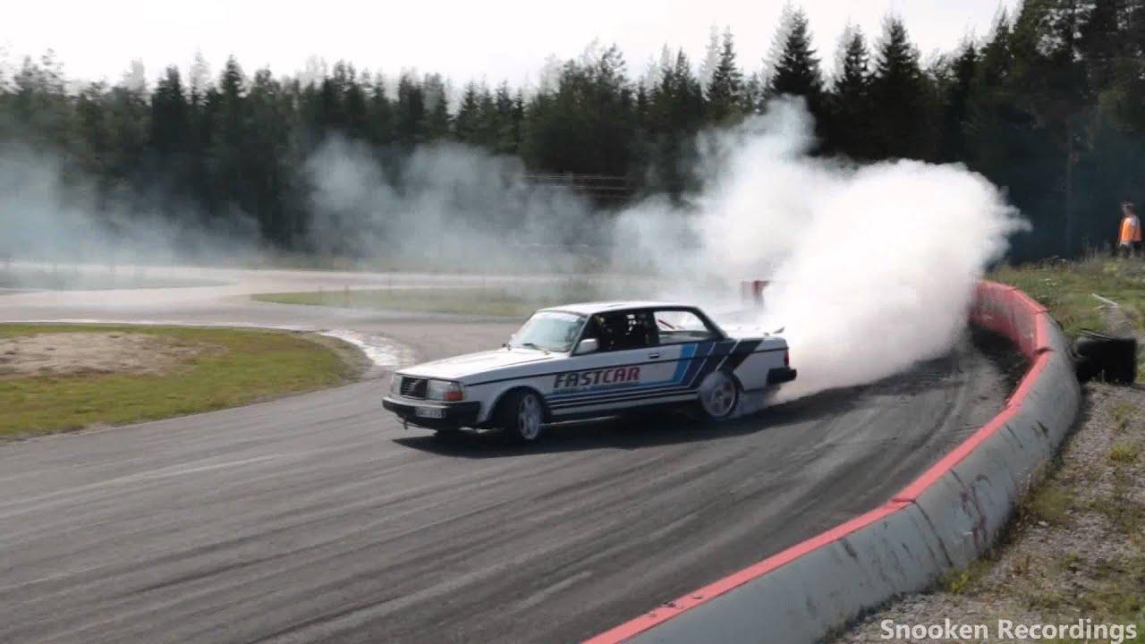 volvo 240 450 hp badass drifting gröndal 2015 - YouTube